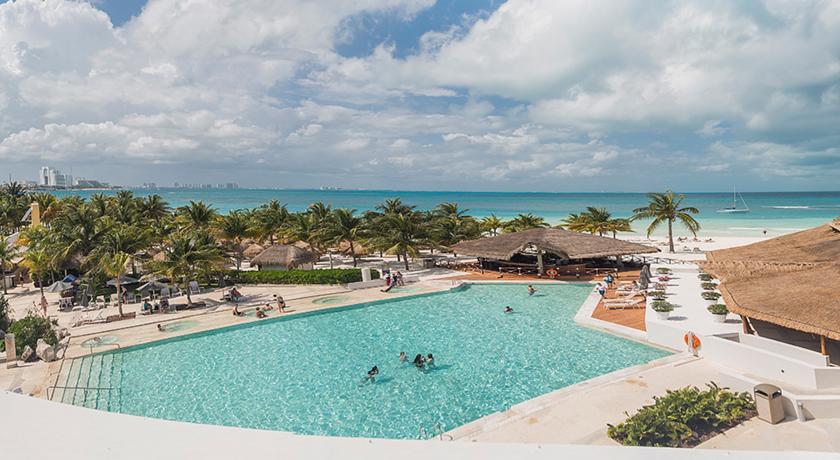 Alberca Presidente InterContinental Cancun