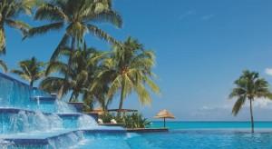 Excelente alberca hotel Grand Fiesta Americana Coral Beach Cancun