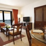 The Villas at The Royal Cancun, All Suites Resort Sala