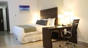 habitacion ejecutiva Hotel LQ by La Quinta Cancun