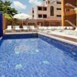 piscina Hotel LQ by La Quinta Cancun