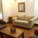 sala en habitacion de Hotel Mia Cancún Resort