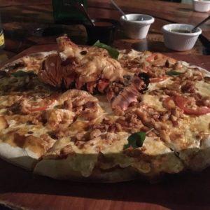 ROOTS Pizza a Leña