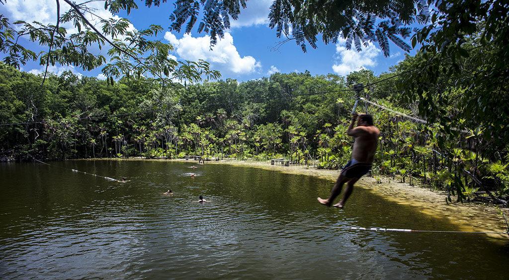 Cenote Mojarras Puerto Morelos