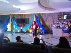 show latino en cancun