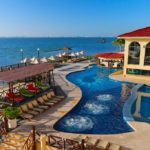 All Ritmo Cancún Resort & Water Park hotel familiar