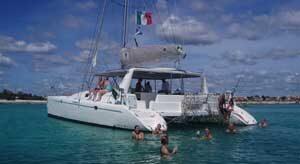 catamaran puerto juarez